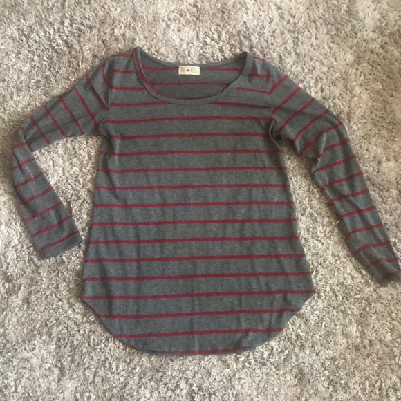 Free Kisses Tops - Long sleeve red striped top